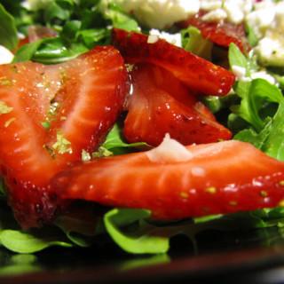 Arugula Salad With Strawberries & Goat Feta