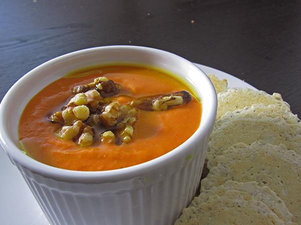Lowfat, Vegan, & Gluten-Free Roasted Red Pepper Dip