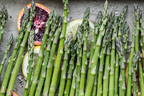Roasted Asparagus with Blood Orange Vinaigrette from https://www.thetomatotart.com